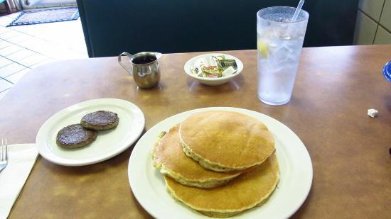 Marina Restaurant: Great pancakes
