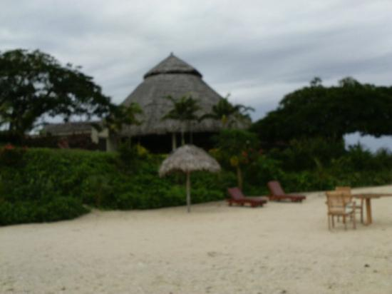 The Havannah, Vanuatu: Dining area from beach