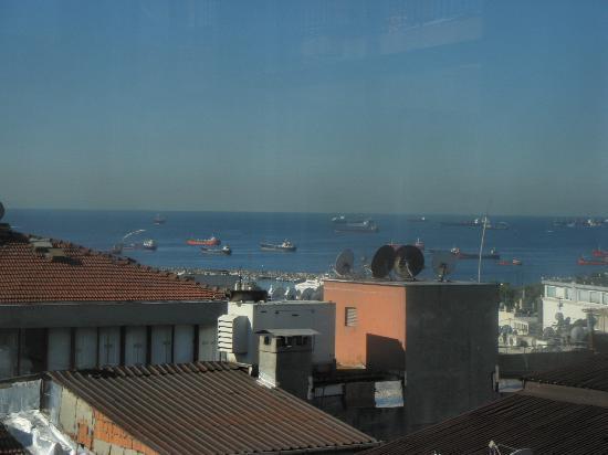 Hotel Bazaar: This is the view from the top floor, Breakfast Room