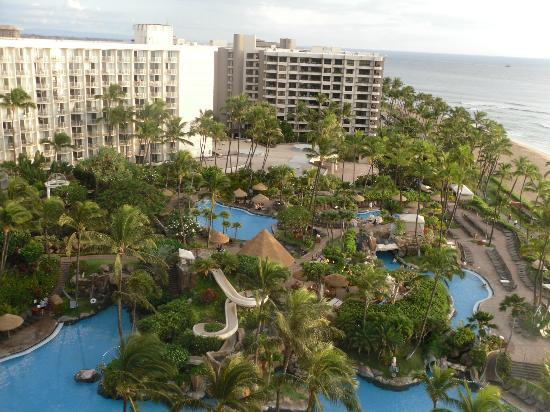 Westin Maui Resort And Spa: Pool view from the 11th floor of the Beach Tower
