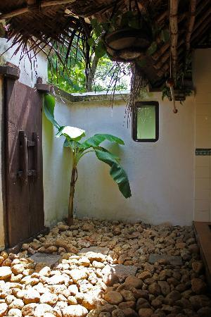 Marari Beach Resort: Bathroom