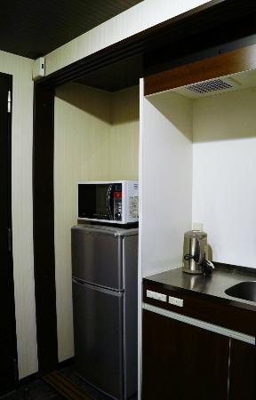Hotel Live Max Esaka: 冷蔵庫は大きめです