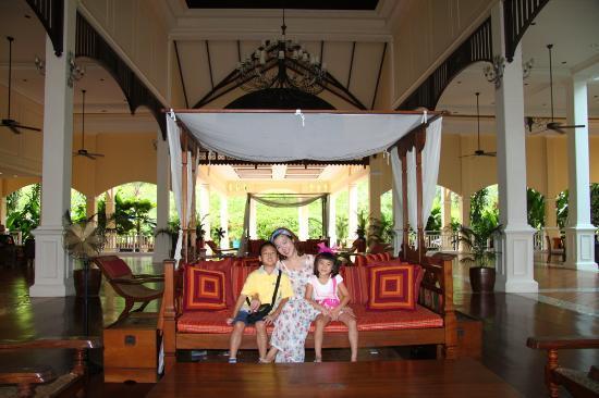 Sofitel Krabi Phokeethra Golf & Spa Resort: hotel lobby