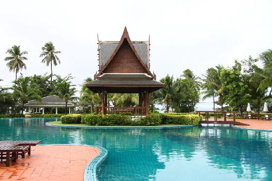 Sofitel Krabi Phokeethra Golf & Spa Resort: pool 2