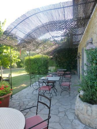 Hotel du Clos : breakfast area