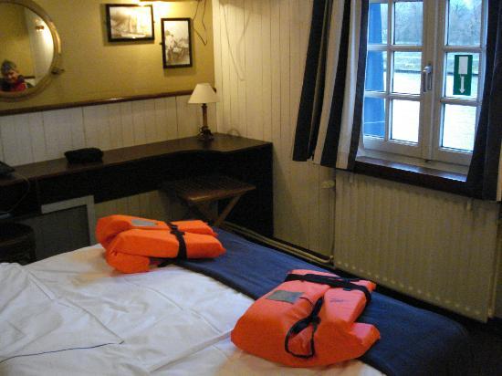 De Barge Hotel: bedroom