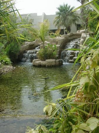 Dubai Marine Beach Resort and Spa: View From Interior Areas of Resort