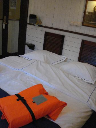 De Barge Hotel: bedroom