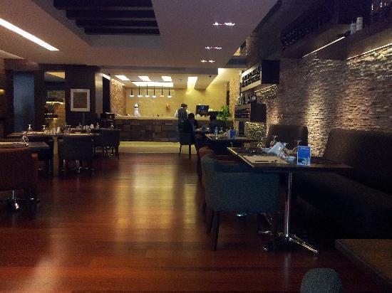 Canyon Hotel Erbil: The Main Restaurant