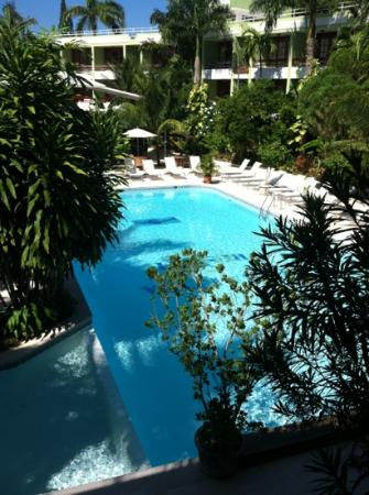 Terra Linda Resort: pool view