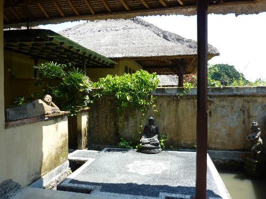 Mandala Desa: Aussenbereich vom Zimmer