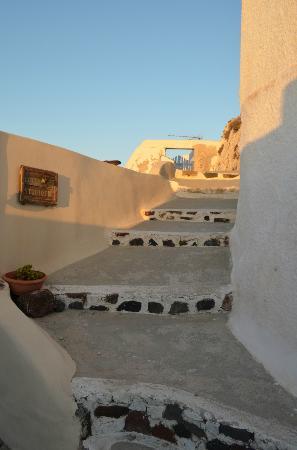 Lotza Studios: Santorini style