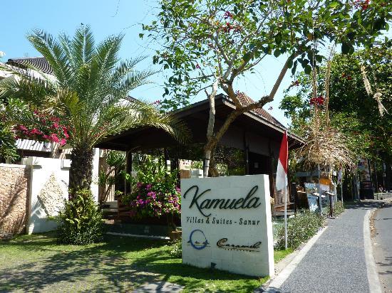 Kamuela Villas and Suite Sanur: Hotel Kamuela von Aussen