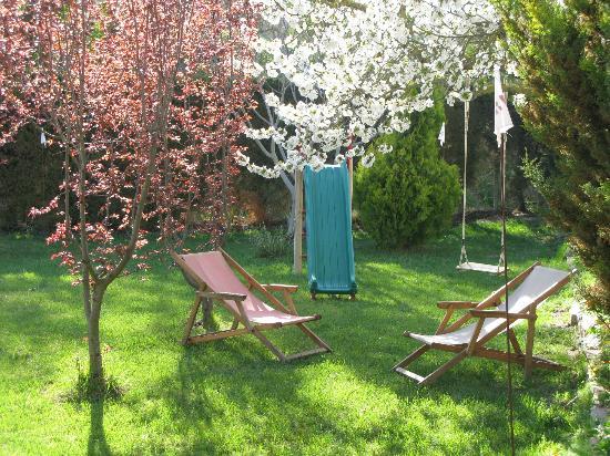 El Clos: Minigolf para descansar relax absoluto