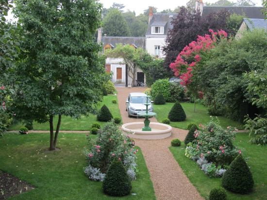 Le Vieux Manoir: View of the grounds from Colette