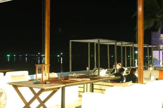 Putahracsa Hua Hin: Oceanside Beach Club
