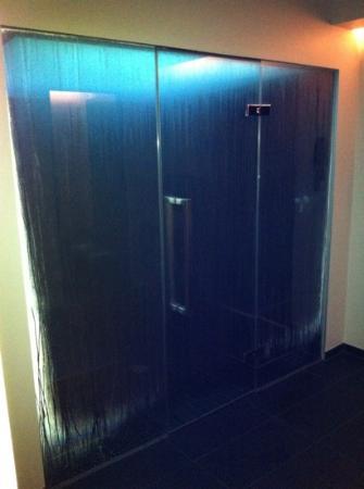 Hotel Arc-en-ciel: bain a vapeur