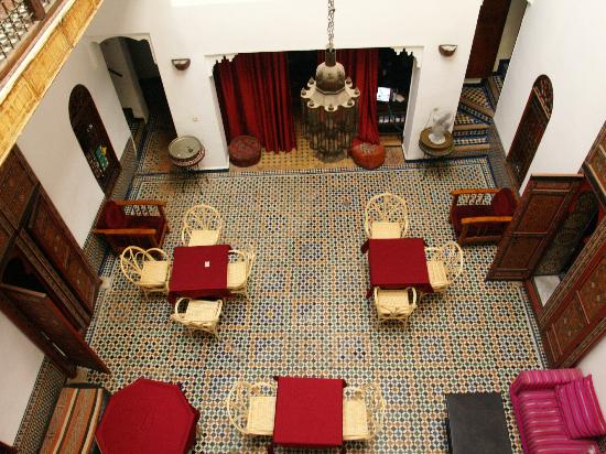 Dar Iman: dining room