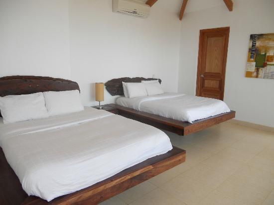 Hotel Manga Rosa: notre chambre pour 2 : 2 lits en 160 