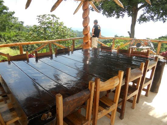 Hotel Manga Rosa: la table en terrasse