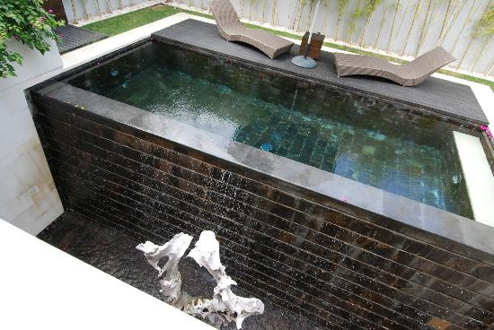 eqUILIBRIA SEMINYAK: Our Private Pool