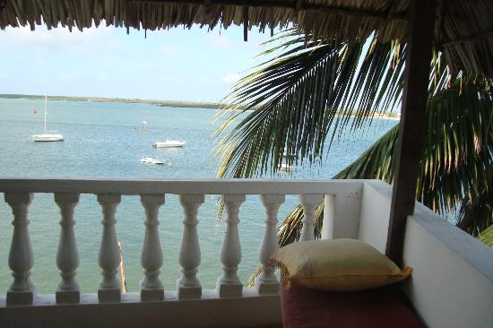 Stopover Guest House: Top floor balcony