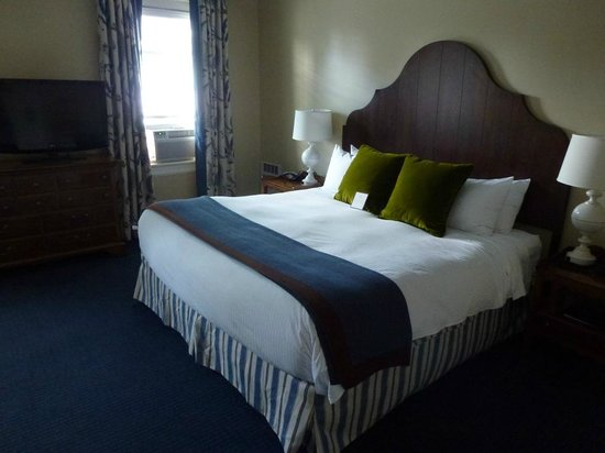 Omni Bretton Arms Inn at Mount Washington Resort: La chambre N°30
