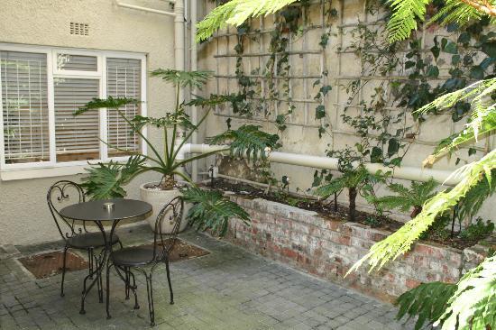 Cape Cadogan: Courtyard