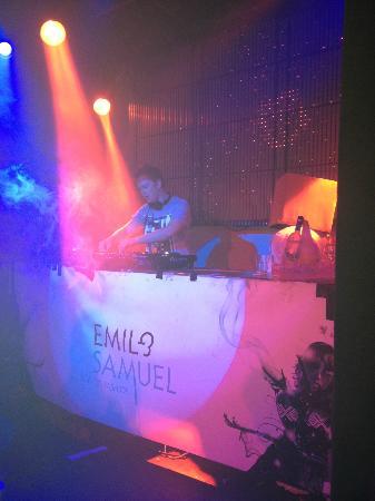 DJ at Emil & Samuel