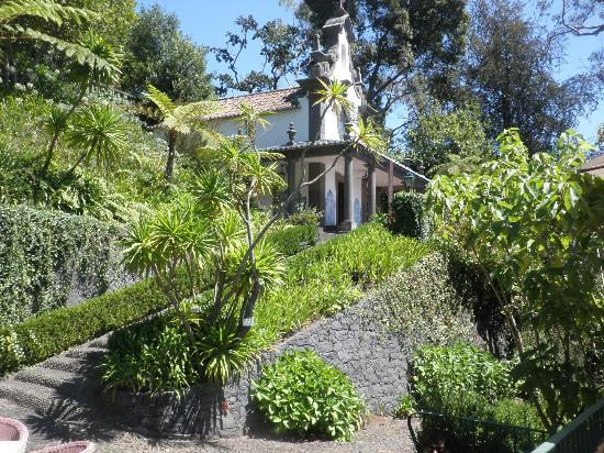 Quinta do Monte: Private chapel in botanical gardens