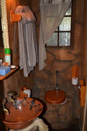 Kaia Tani Guesthouse: Bagno