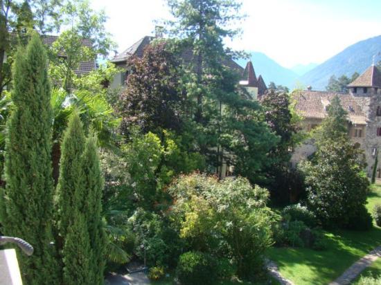 Castel Rundegg Hotel: Parte giardino