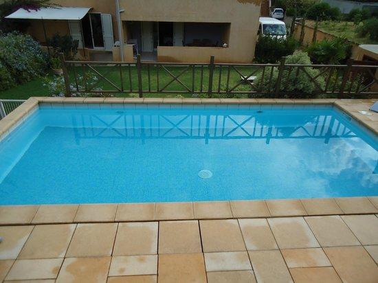 Residence Guddelmoni :                                     piscine