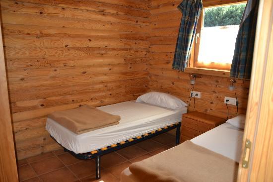 Camping Vall De Camprodon: Habitacion para los niños