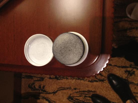 Shangri-La China World Summit Wing Beijing: This is the used shoe shine sponge when I want to clean my pair of shoes