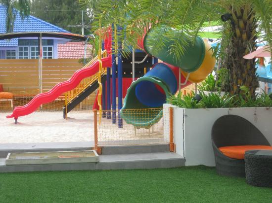 Unico Grand Sandara Hotel: playground