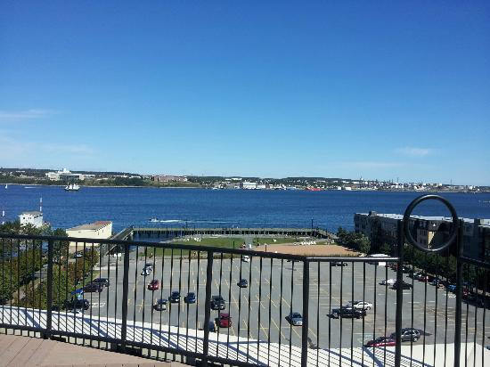 Courtyard Halifax Downtown: view from rooftop terrece