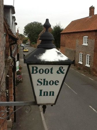 Boot & Shoe Inn: View from our bedroom window