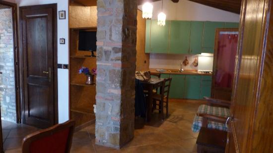Agriturismo La Crociona: kitchenette