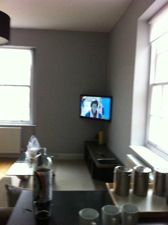 22 Lansdown Place: Living area