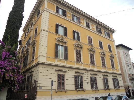 Roma Room Hotel Prezzi E Recensioni