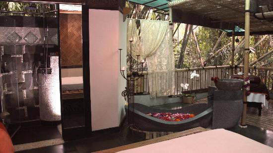 LadyBamboo Villa: Zimmer Riverside