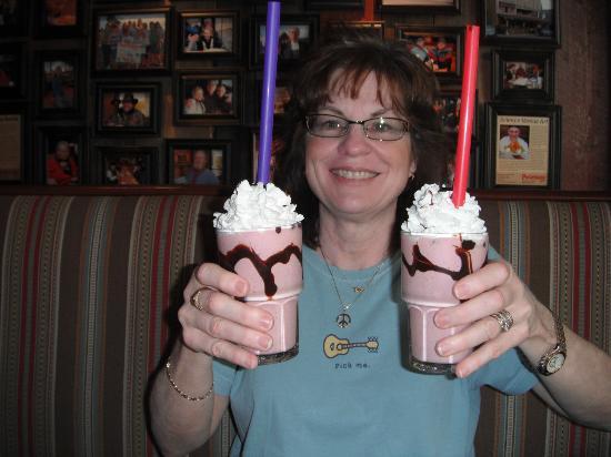 Pocketstone Cafe: Milkshakes to die for...Wow!