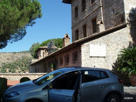 Torre Sant'Angelo Hotel : from parking area