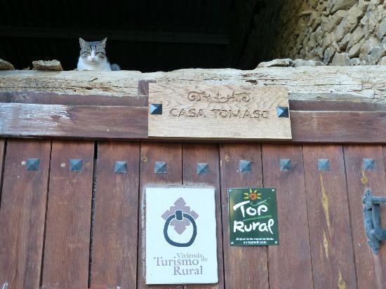 Casa Rural Tomaso: Puerta entrada