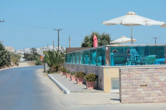 Princess of Naxos: road view