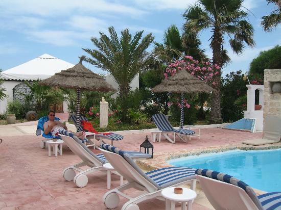 Residence Dar Sidi : Au bord de la piscine