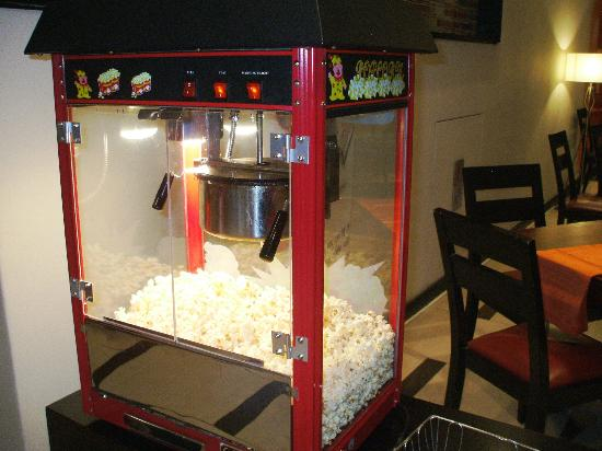 Southern Sun Newlands: The popcorn machine freee for guests