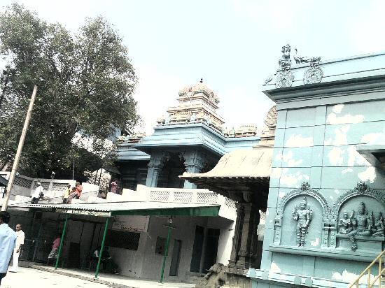 Malai Mandir, New Delhi: Salute to the architect !