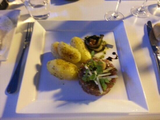 Hôtel Les Vagues : le tartare de thon